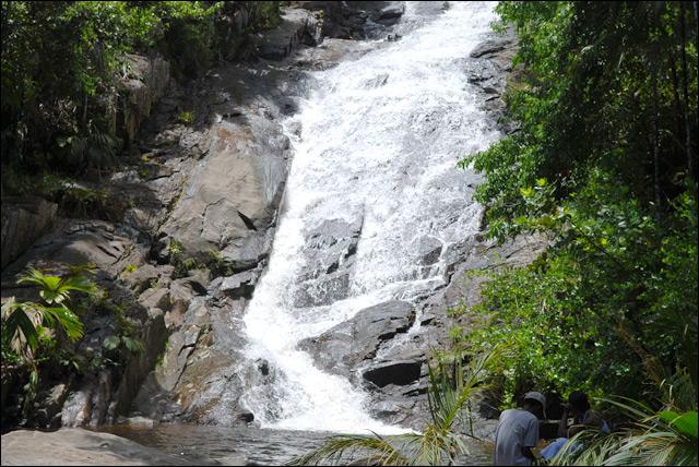 о. маэ, водопад