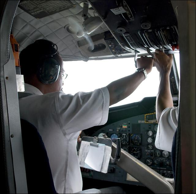 Маэ - Праслин, пилоты