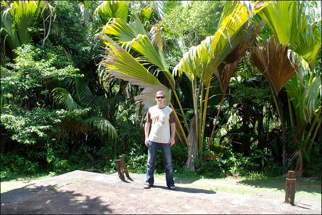 KMiNT21 на острове Праслин, Майская долина, Сейшелы